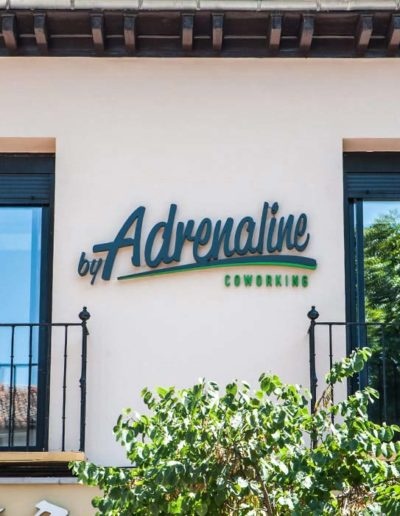 fachada byAdrenaline